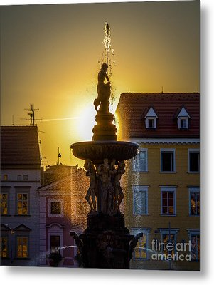 Fountain In Sunset Metal Print by Filip Masopust