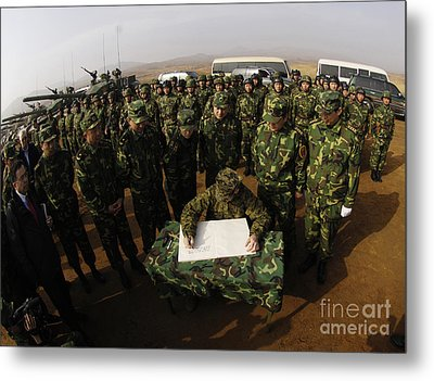General Peter Pace Signs A Message Metal Print by Stocktrek Images