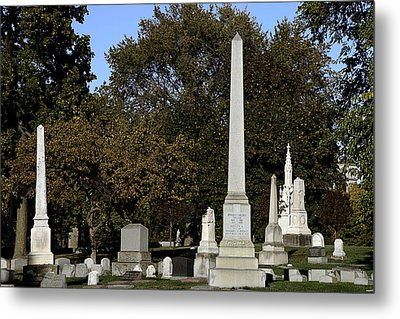 Graceland Chicago - The Cemetery Of Architects Metal Print by Christine Till