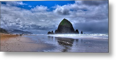 Haystack Rock Iva Metal Print by David Patterson