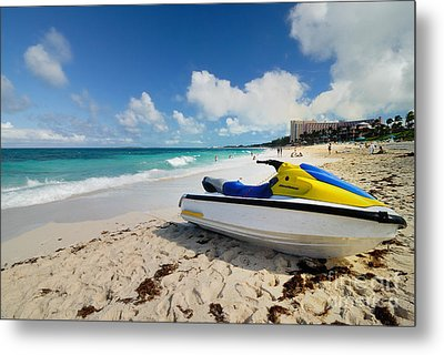Jet Ski On The Beach At Atlantis Resort Metal Print by Amy Cicconi