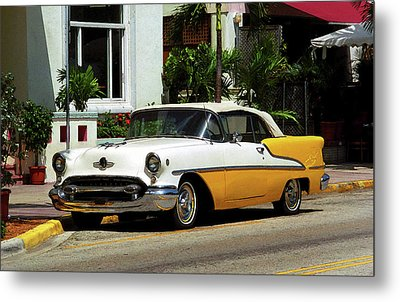 Miami Beach Classic Car With Watercolor Effect Metal Print by Frank Romeo