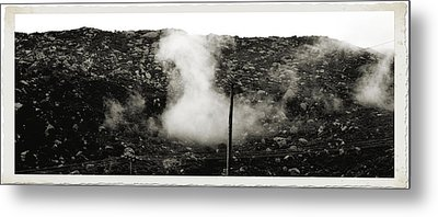Misty Mountain Morning Metal Print by Cindy Nunn
