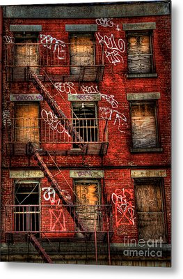 New York City Graffiti Building Metal Print by Amy Cicconi