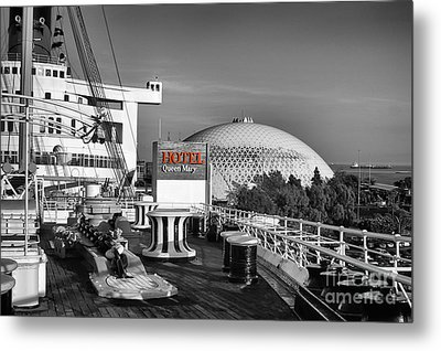 Queen Mary On Deck Metal Print by Mariola Bitner