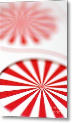 Red And White Pinwheels Metal Print by Amy Cicconi