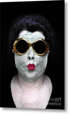 She Couldnt Achieve Her Glam Looks Without A Battery Of Beauty  Metal Print by Amy Cicconi