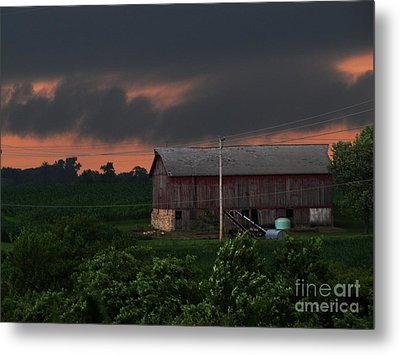 Summer Storm Brewing Metal Print by Laurie Wilcox