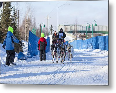 Young Fans Of Mushers Metal Print by Tim Grams