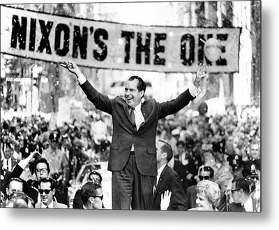 Richard Nixon, Delivering His The V Metal Print by Everett