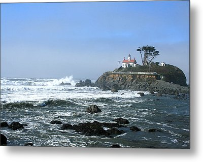 Battery Point Lighthouse Crescent City 1 Metal Print by Larry Darnell