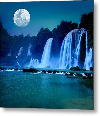 Waterfall Metal Print by MotHaiBaPhoto Prints