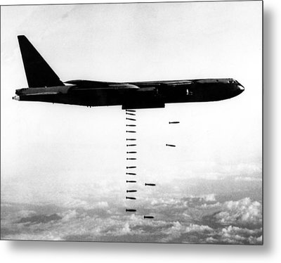 A B-52 Stratofortress Releases Bombs Metal Print by Everett