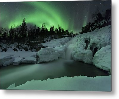 A Wintery Waterfall And Aurora Borealis Metal Print by Arild Heitmann