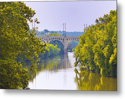 Along The Schuylkill River In Manayunk Metal Print by Bill Cannon