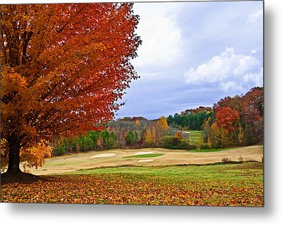 Autumn On The Golf Course Metal Print by Susan Leggett