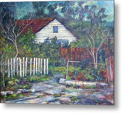 Bushy Old House Metal Print by Lily Hymen