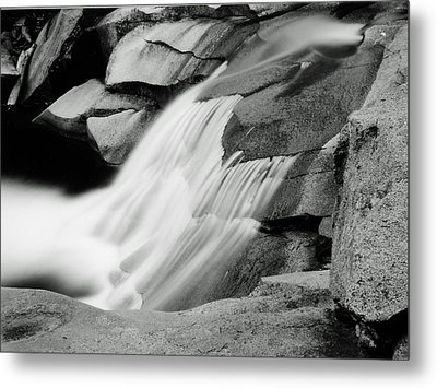 Cascade 2 Metal Print by Allan McConnell