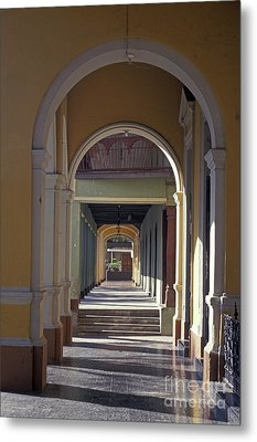 Colonial Arches Granada Nicaragua Metal Print by John  Mitchell