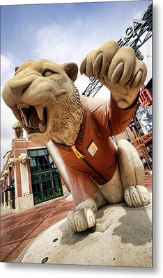 Detroit Tigers Tiger Statue Outside Of Comerica Park Detroit Michigan Metal Print by Gordon Dean II