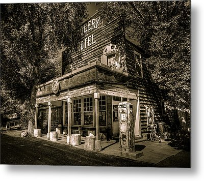 Doyle Grocery And Hotel Metal Print by Scott McGuire