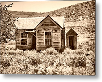 Homestead Metal Print by Cheryl Young