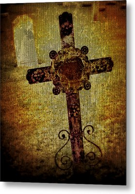Old Cross Metal Print by Perry Webster
