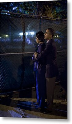 President Obama Embraces Michelle Metal Print by Everett