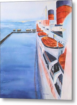 Queen Mary From The Bridge Metal Print by Debbie Lewis