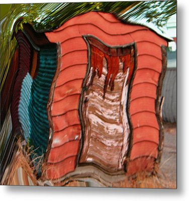 Red Shed Metal Print by Lenore Senior