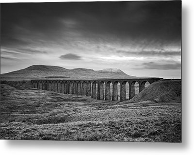 Ribblehead Viaduct Uk Metal Print by Ian Barber