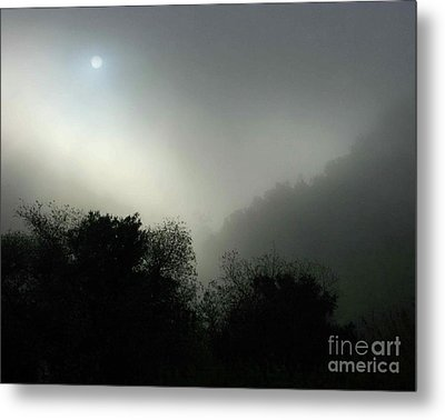 Twilight Valley Of The Moon California Metal Print by Gus McCrea