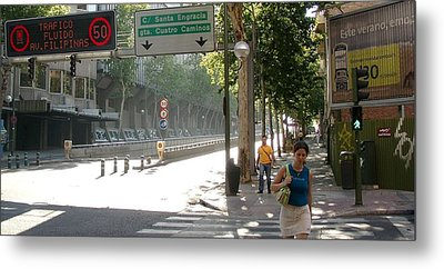 Young Lady And Gent On Rios Rosas Street - Madrid Metal Print by Thomas Bussmann