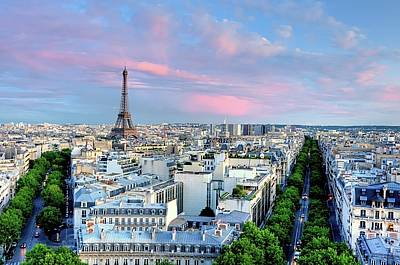 Exteriors Photograph - Eiffel Tower At Sunset by Shaadi Faris