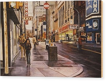 Fifth Avenue In The 80s Wood Print by James Guentner