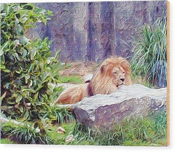 The King At Rest Wood Print by Methune Hively