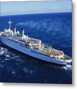The American Hawaii Cruise Ship Leaving Metal Print by Maria Stenzel