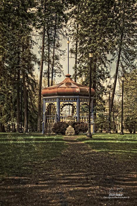 Brownes Addition Photograph -  Coeur Dalene Park Gazebo by Dan Quam