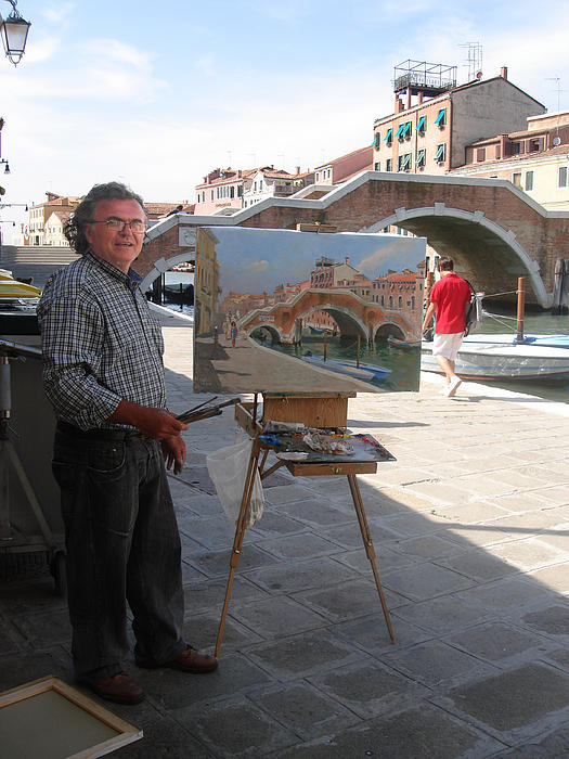 Art Show Photograph - Artist At Work Venice by Ylli Haruni