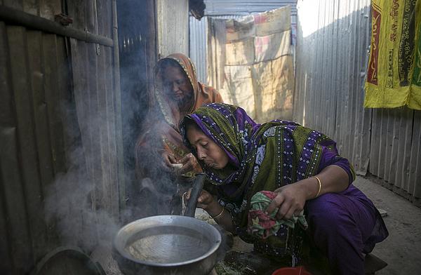 Bangladeshi Migrants Train For Life Abroad Photograph by Allison Joyce