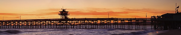 California Photograph - San Clemente Municipal Pier In Sunset by Richard Cummins