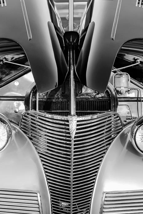 Bw Photograph - 1939 Chevrolet Coupe Grille -115bw by Jill Reger