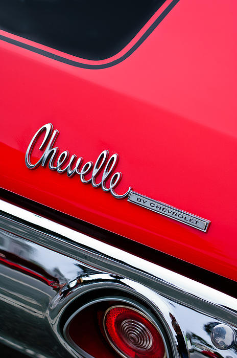 Muscle Cars Photograph - Chevrolet Chevelle Ss Taillight Emblem by Jill Reger