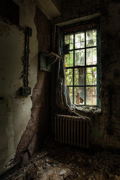 Windows Photograph - Abandoned - Old Room - Draped by Gary Heller