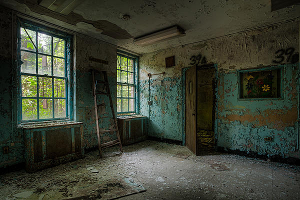 Abandoned Places Photograph - Abandoned Places - Asylum - Old Windows - Waiting Room by Gary Heller