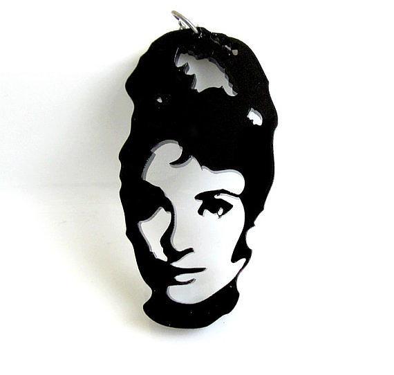 Jewelry Jewelry - Audrey Hepburn Pendant Necklace by Rony Bank