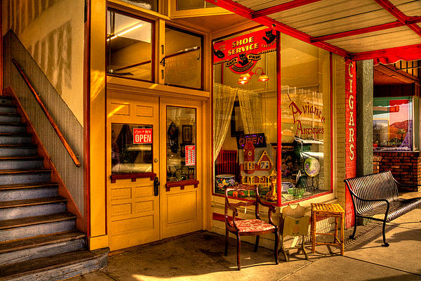 Antique Stores Photograph - Aviance Antiques Prescott Arizona by David Patterson