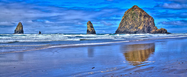 Cannon Beach Photograph - Beautiful Haystack Rock And The Needles by David Patterson