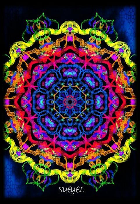 Print Digital Art - Beauty by Sueyel Grace