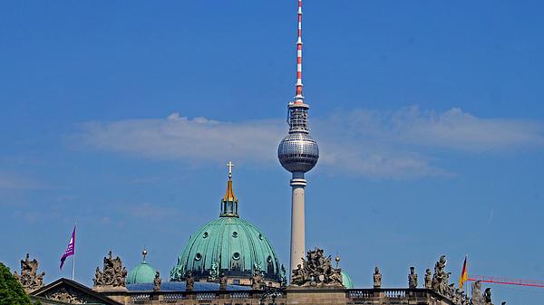 Berlin Photograph - Berlin by Kees Colijn